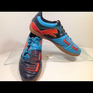 Puma Power Cat indoor soccer training shoe sz 10